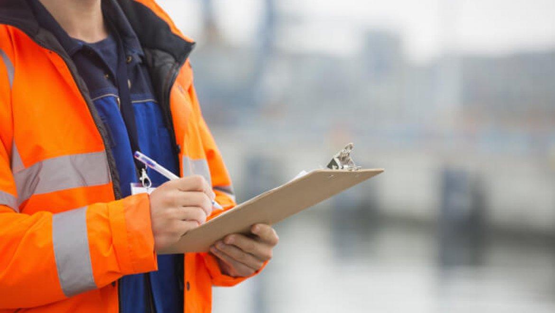 הדרכת בטיחות לעובד חדש – דגשים חשובים