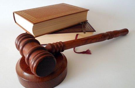 האם ניתן לשנות עילת סגירת תיק ללא עורך דין?