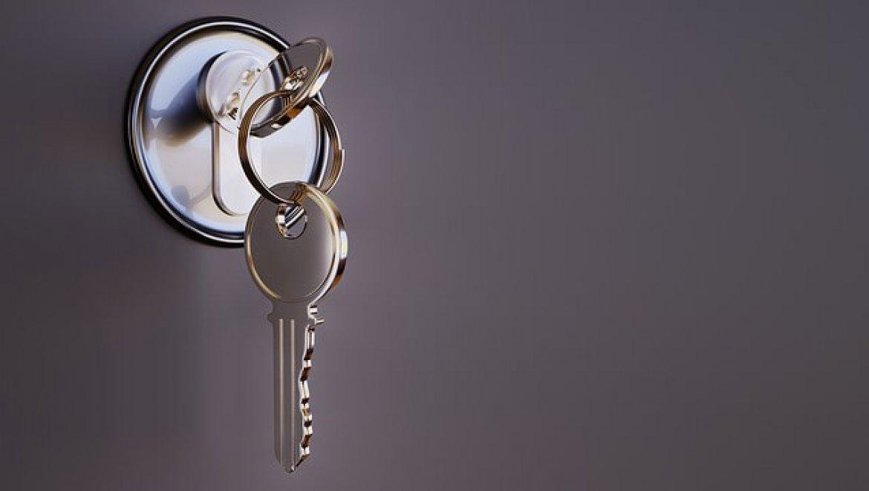 דלתות נגד ירי – הדרך להציל חיים ולהימנע מלחצים מיותרים