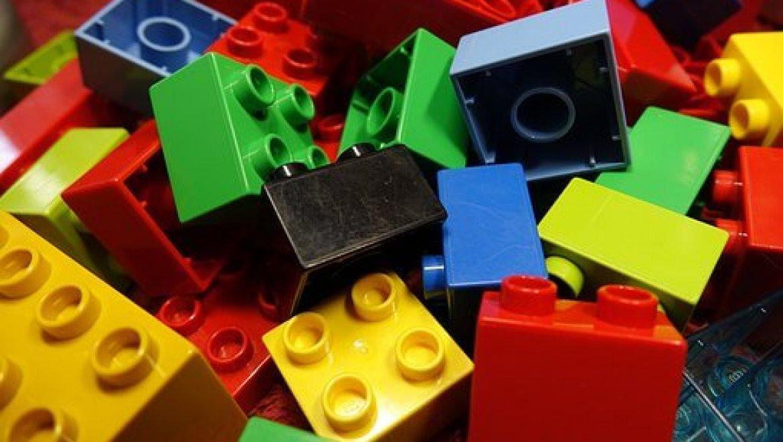 האם משחקי לגו עדיין מומלצים לילדים ואיזה משחקים כדאי לקנות?