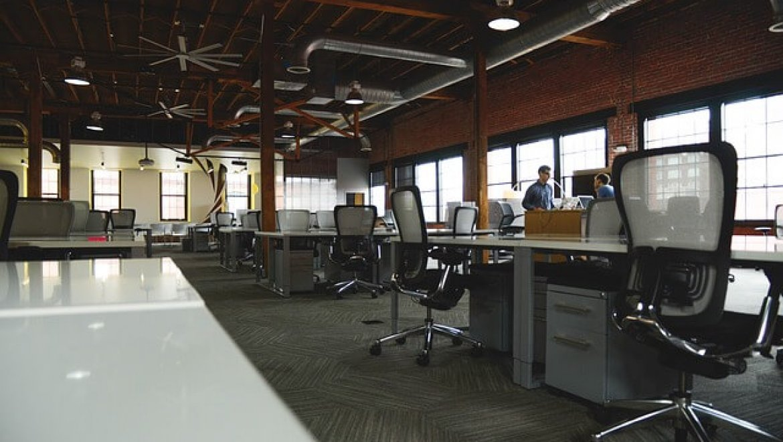 5 דברים שיעזרו לכם לארגן את סביבת המשרד
