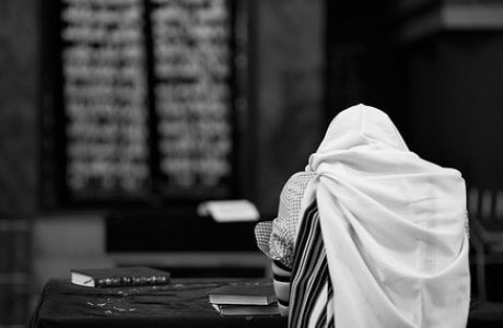 ערכת תפילין לבר מצווה – איזו לרכוש?